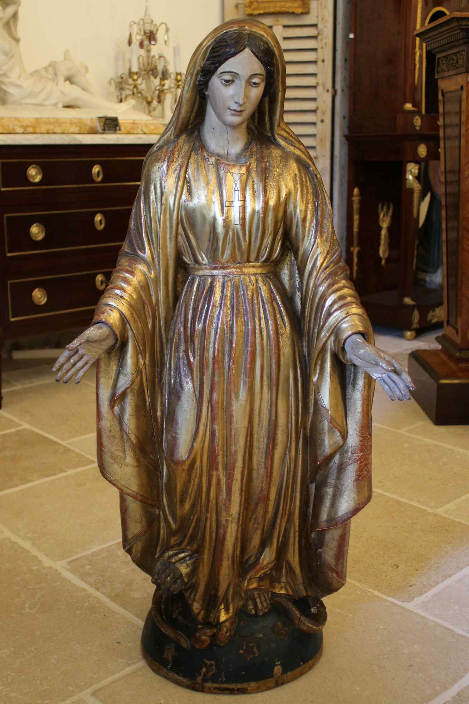 Virgin in carved polychrome wood, first half of the XIXth ce