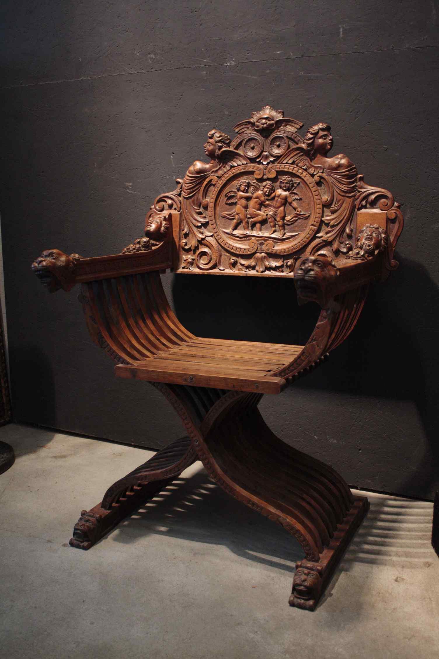 Savonarole chaise avec angelots siècle XIX