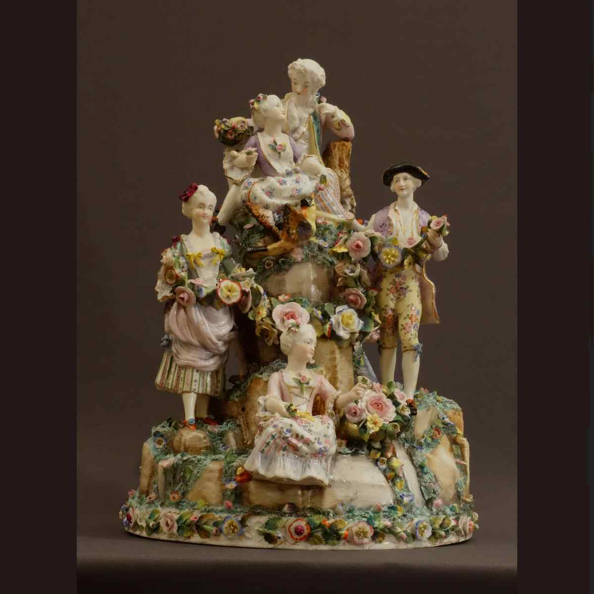 Very Grand Wallendorf Porcelain Group Middle XVIIIth