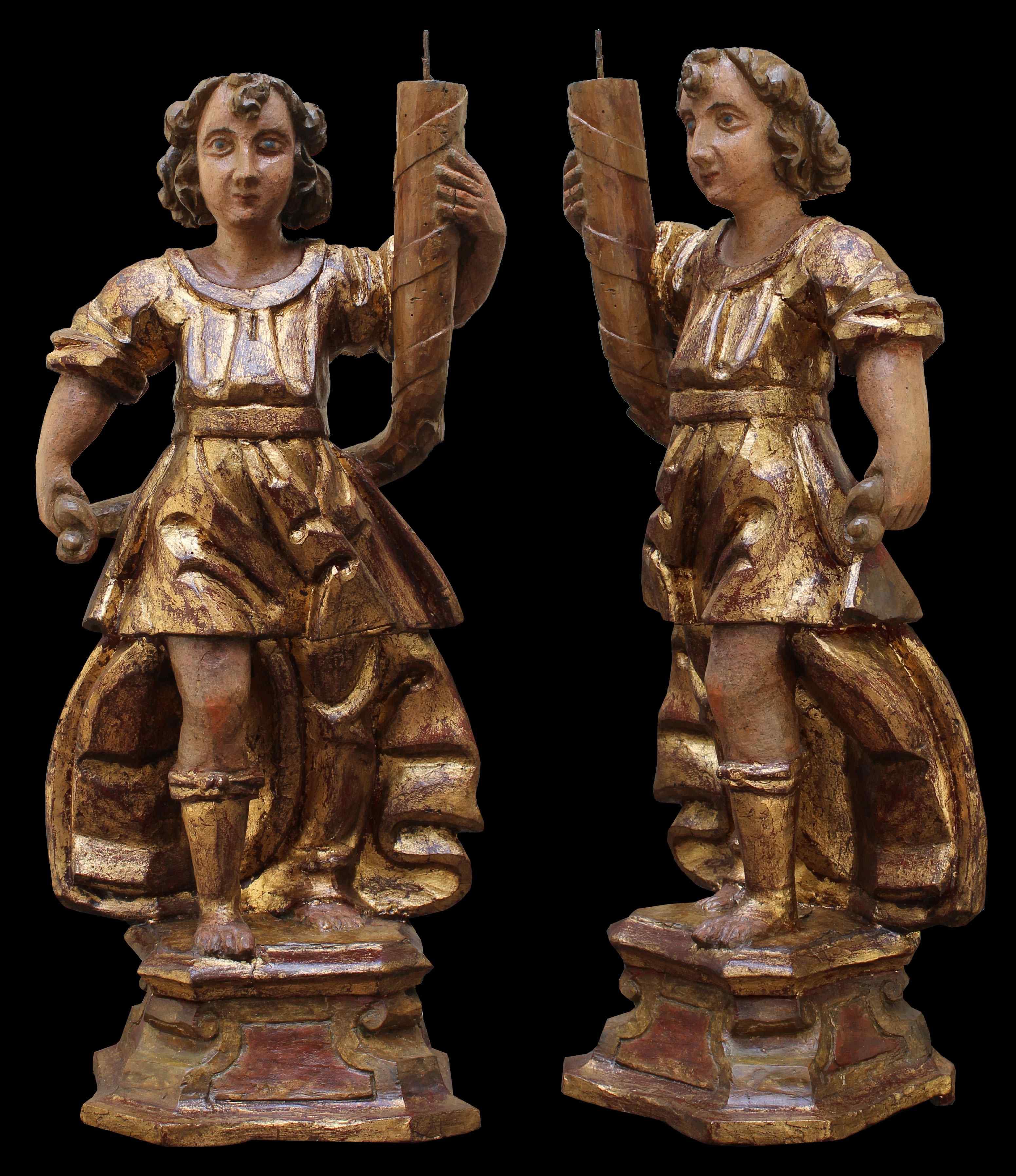 Inizio XVII secolo, Angeli reggicero, Legno policromo e oro