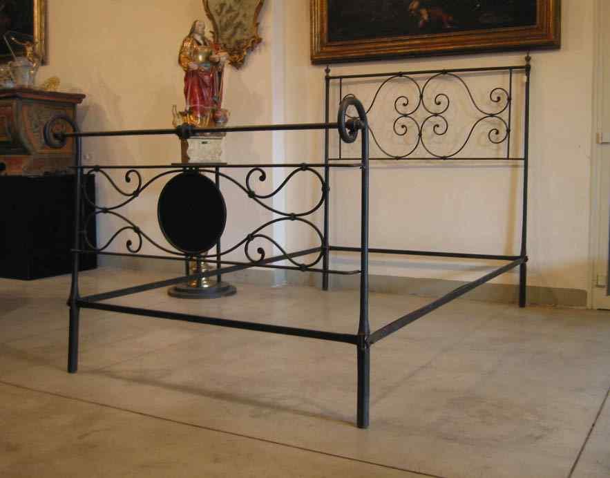 Iron bed Sec. XVIII