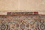 Tapis Ispahan en laine kork et soie signé Seraphian, Qualité-1