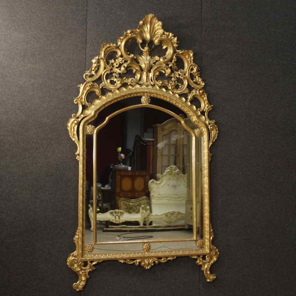 Miroir italien doré de style Louis XV