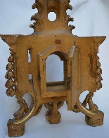 Large gilded wooden element, forming reliquary in its center-5