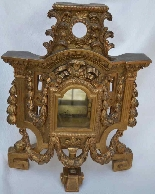 Large gilded wooden element, forming reliquary in its center-6