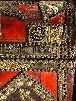 Cassa spagnola del XIX secolo-8