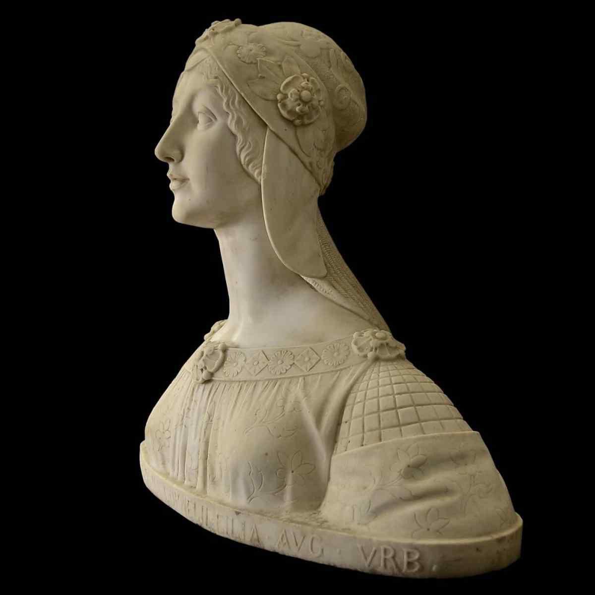 Buste d'une jeune fille en marbre blanc de Carrare du XIXe s