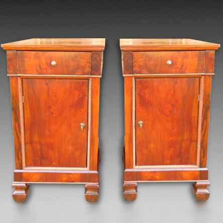 Antique Pair Charles X Bedside tables in walnut - Italy 19th