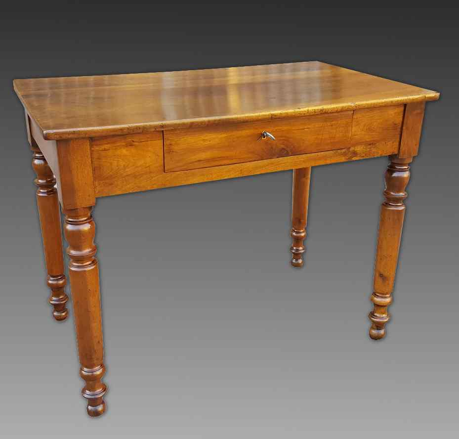 Antique Louis Philippe Table desk in walnut - Italy 19th