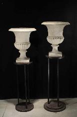Paire de vases en marbre, Louis XVI-1