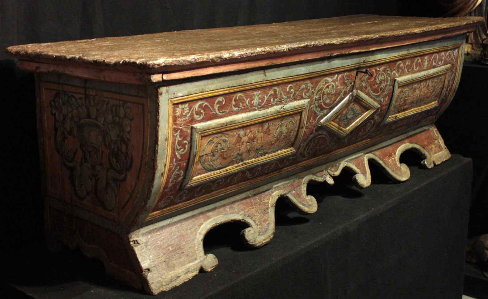Lacquered wedding chest, Sec. XVI