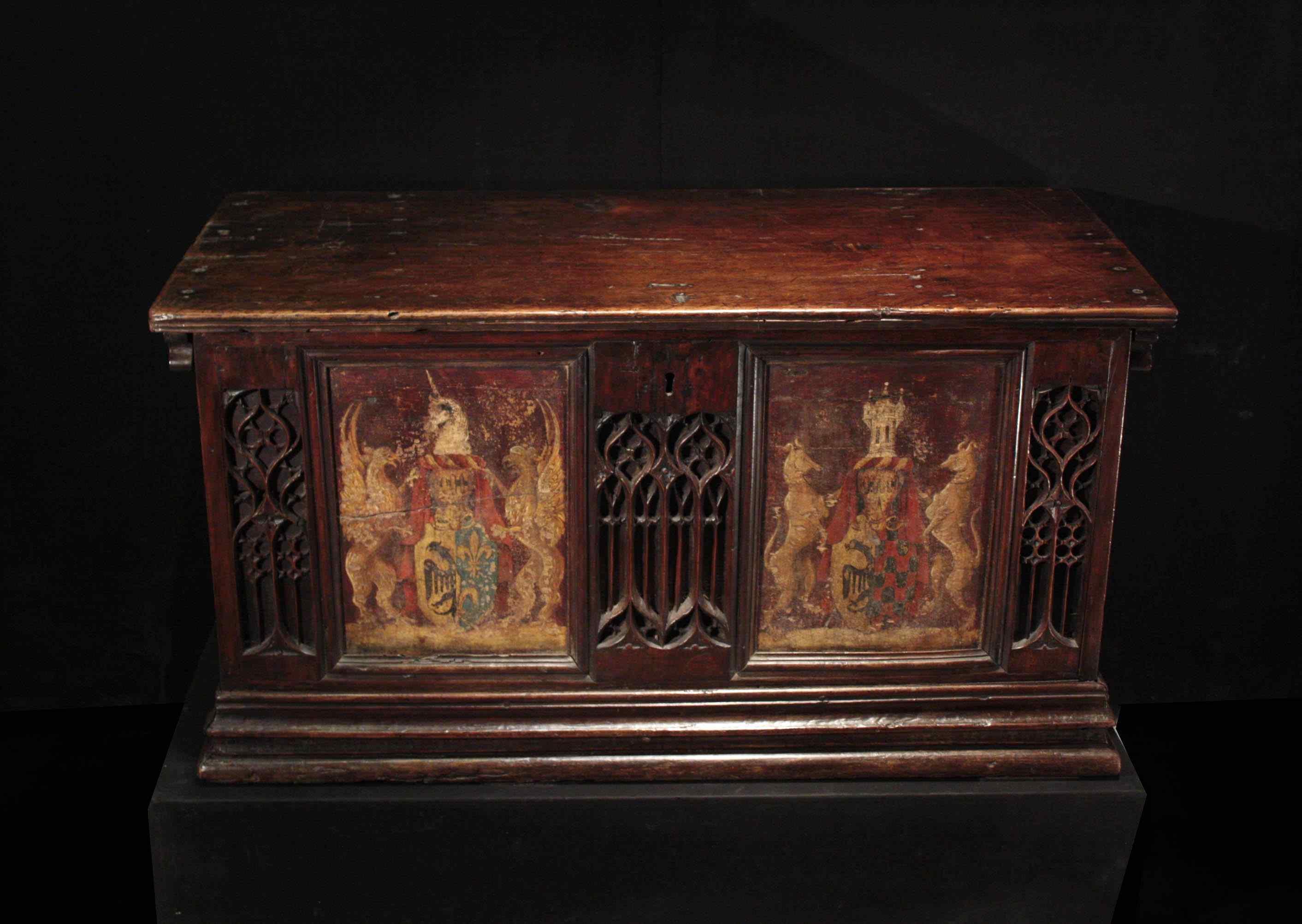 Gothic wedding case, France, early 15th century