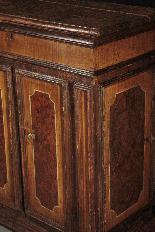 Маленький лакированный сервант, Marche, первая половина гл. XVIII-4