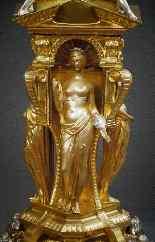 Centrotavola antico in bronzo dorato-8