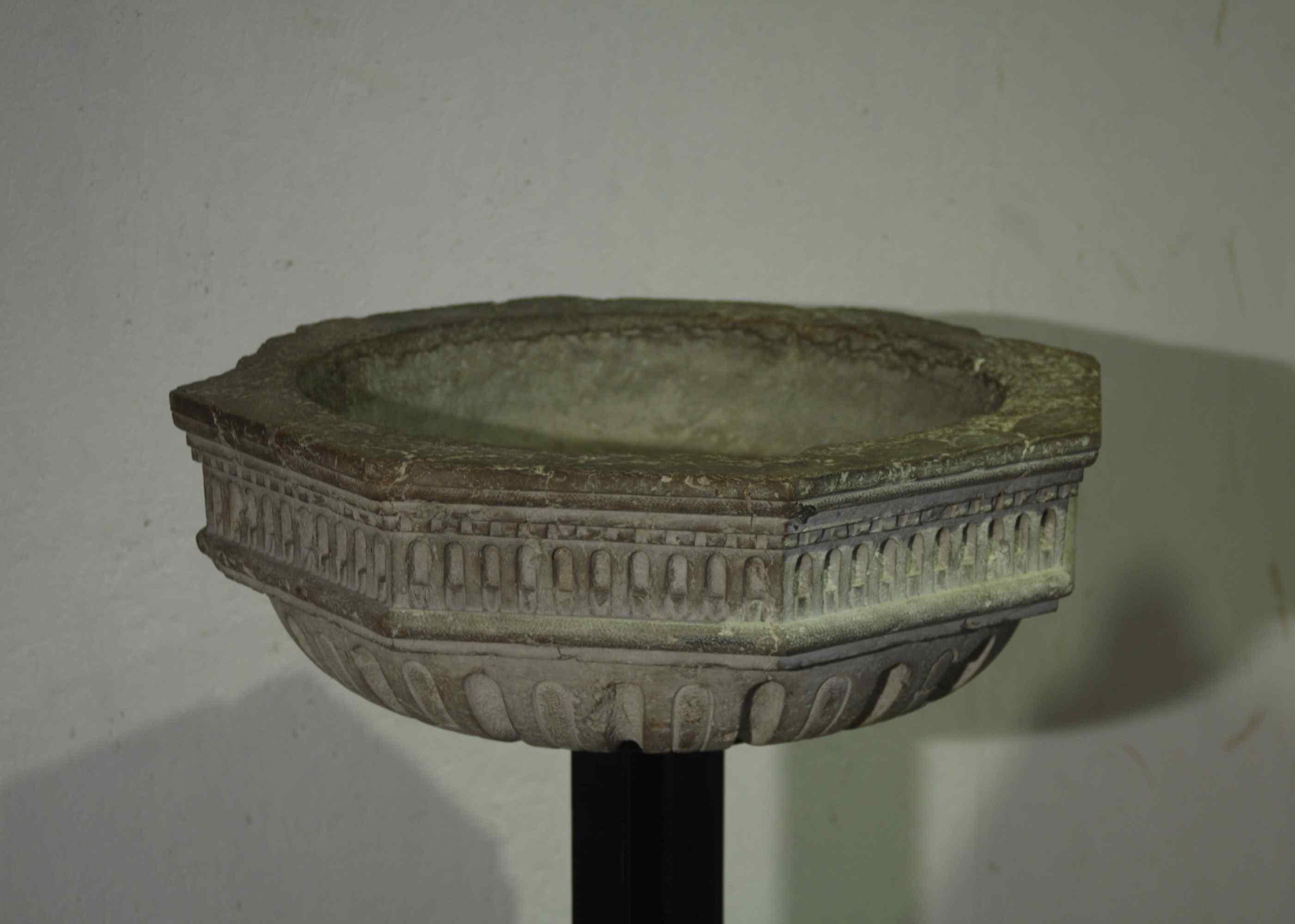 Antica Fonte Battesimale del XVI secolo