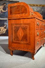 Ribalta Luigi XVI intarsiata, Città di Trento, XVIII secolo-2