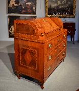 Ribalta Luigi XVI intarsiata, Città di Trento, XVIII secolo-12