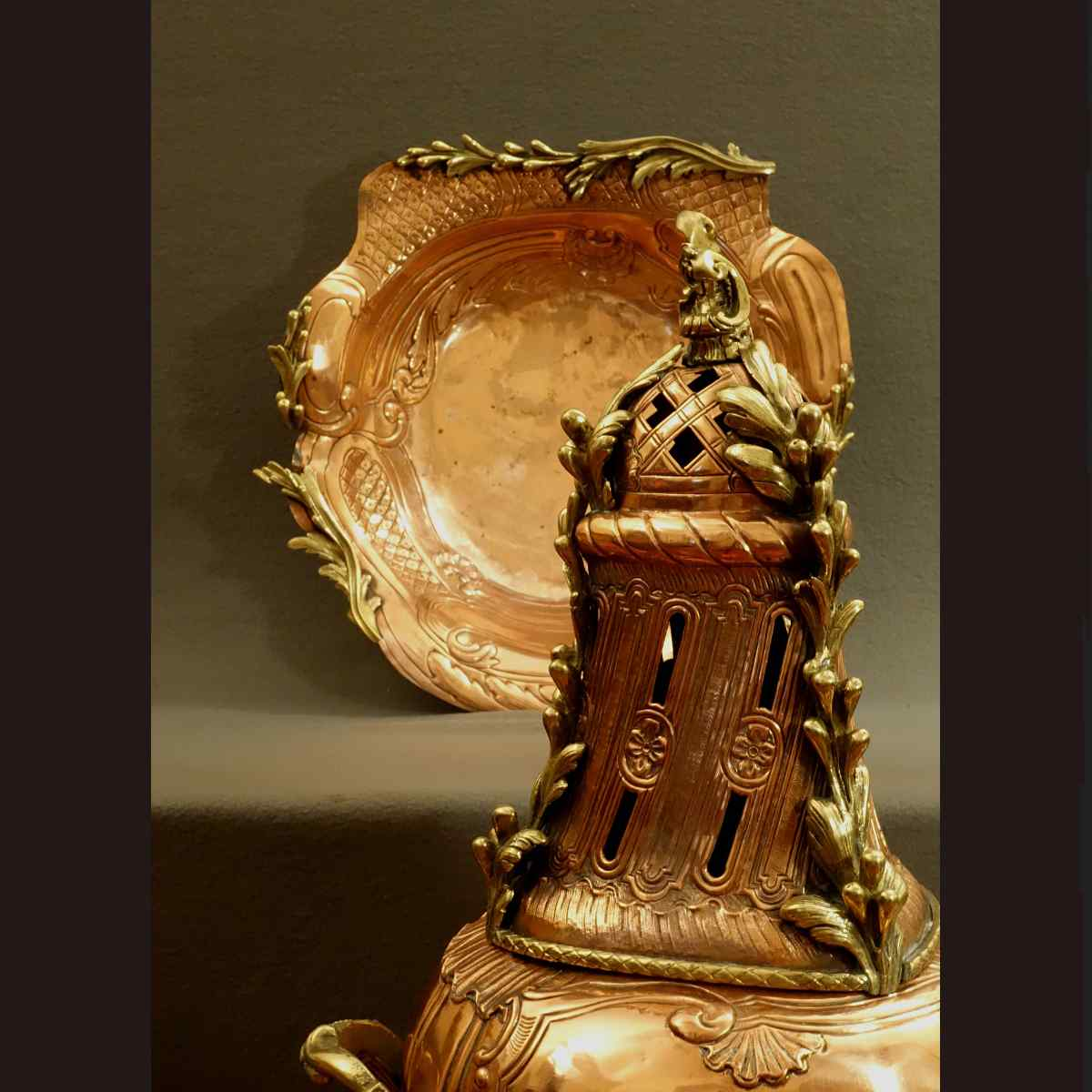 Rare Fontana Tabella - periodo Burns Profumo Regency