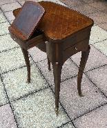 Table d'appoint de style LOUIS XV époque NAPOLEON III-2