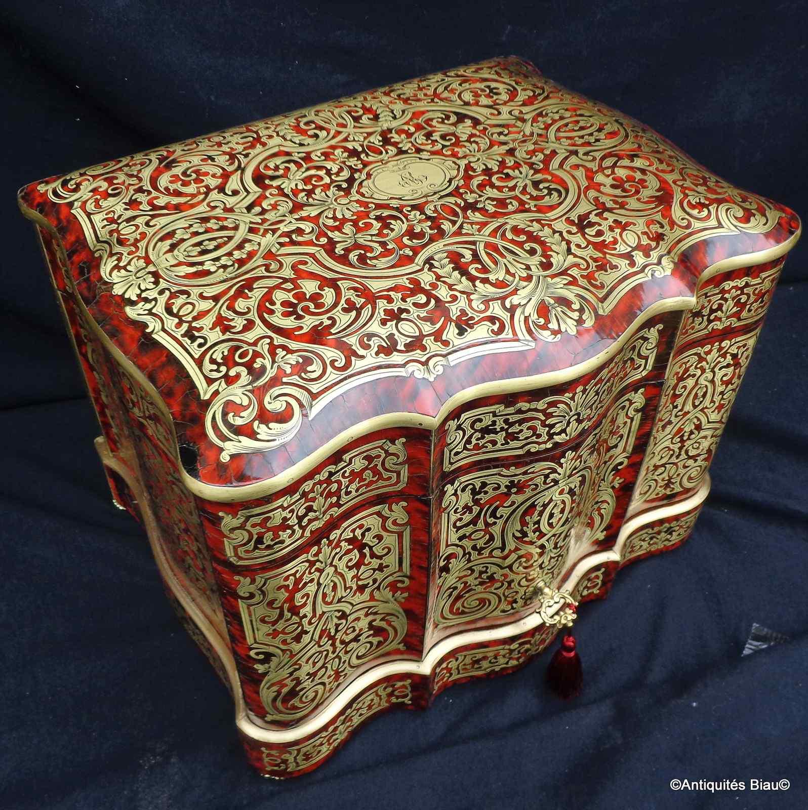 Тантал-ящик в булле Маркетри Наполеон III период 19-го века