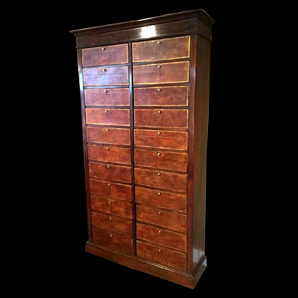 Cartonnier  22 boîtes en acajou milieu XIXème