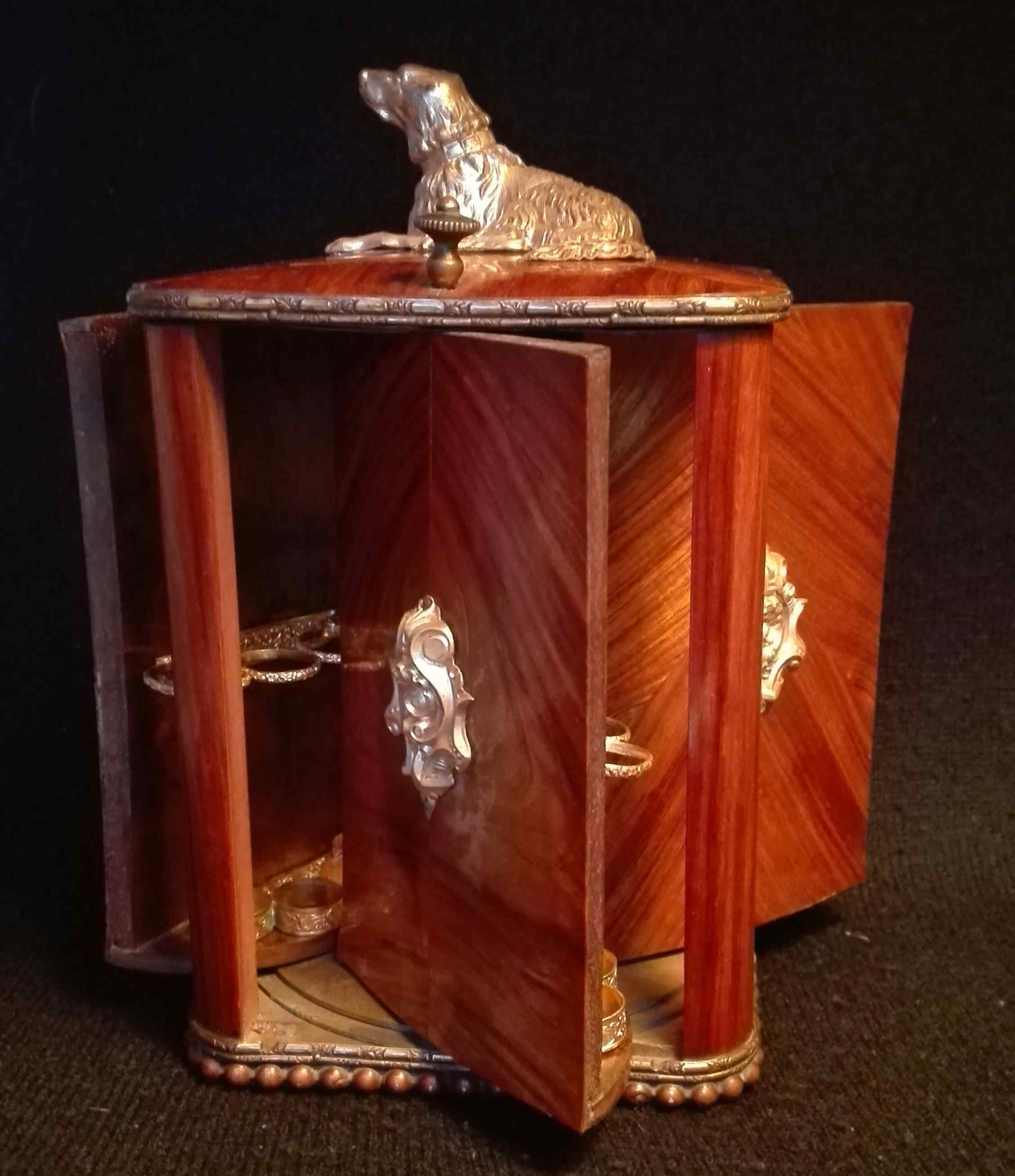 Portasigari antico in legno e ottone dorato