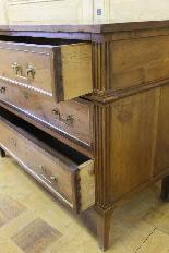 Cassettone antico in noce in stile Luigi XVI-5