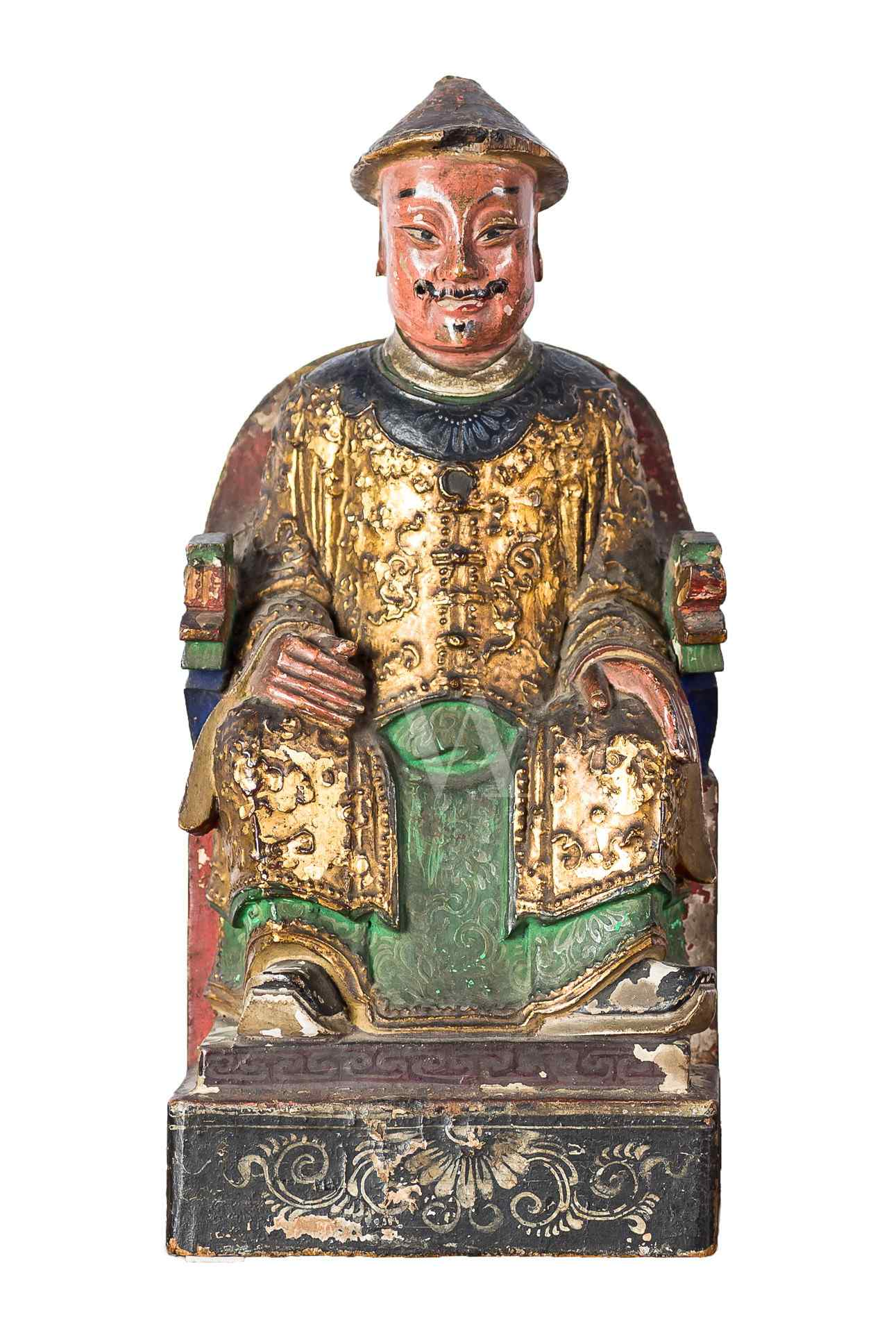 Sculpture in golden and painted terracotta. China, sec. XVII