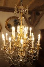Lustre en bronze et Cristal de Baccarat à 18 lumières, XIXè-1