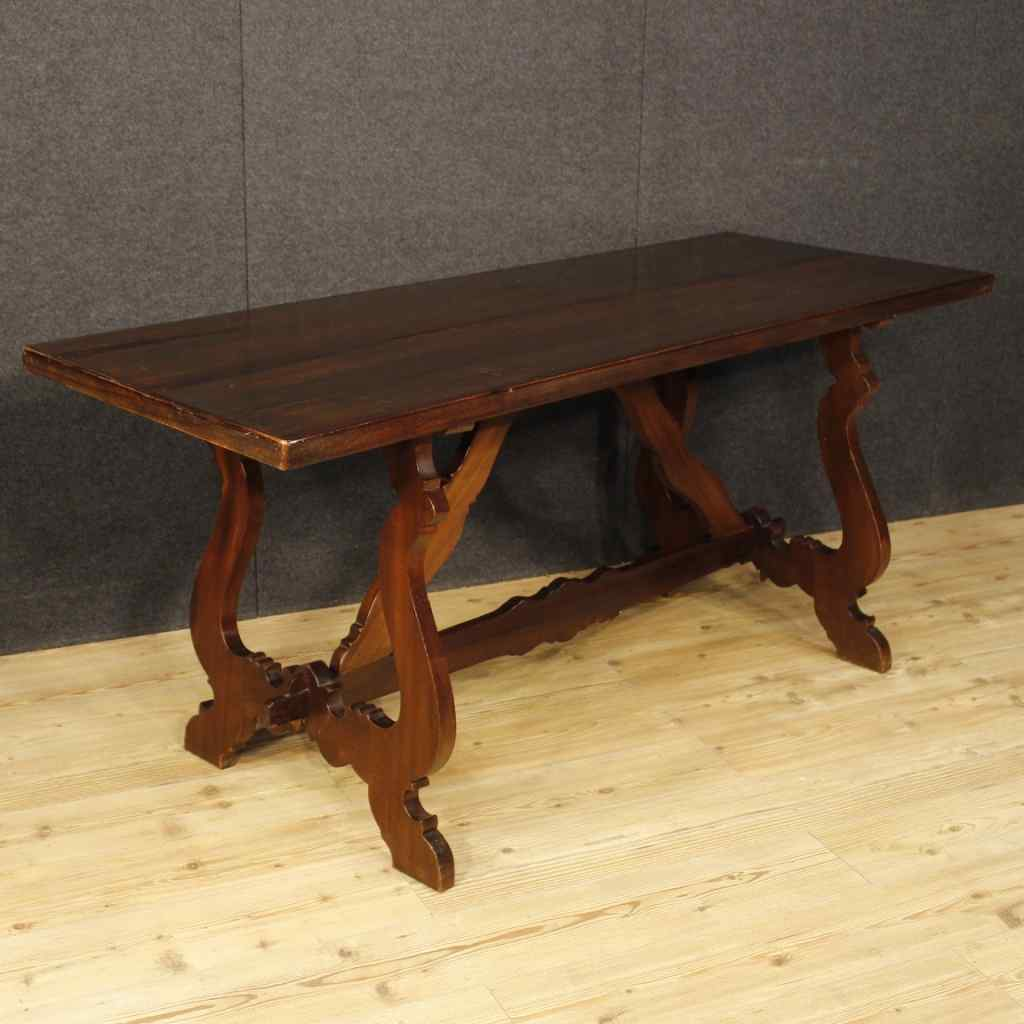 Italian refectory table in walnut and chestnut wood