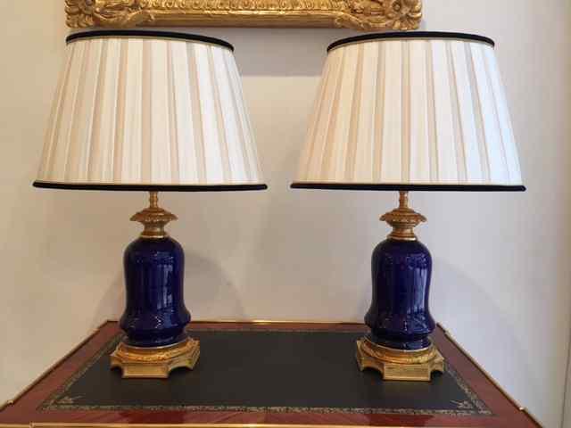 Paire De Lampes En Porcelaine Bleue De Sèvres Napoléon III