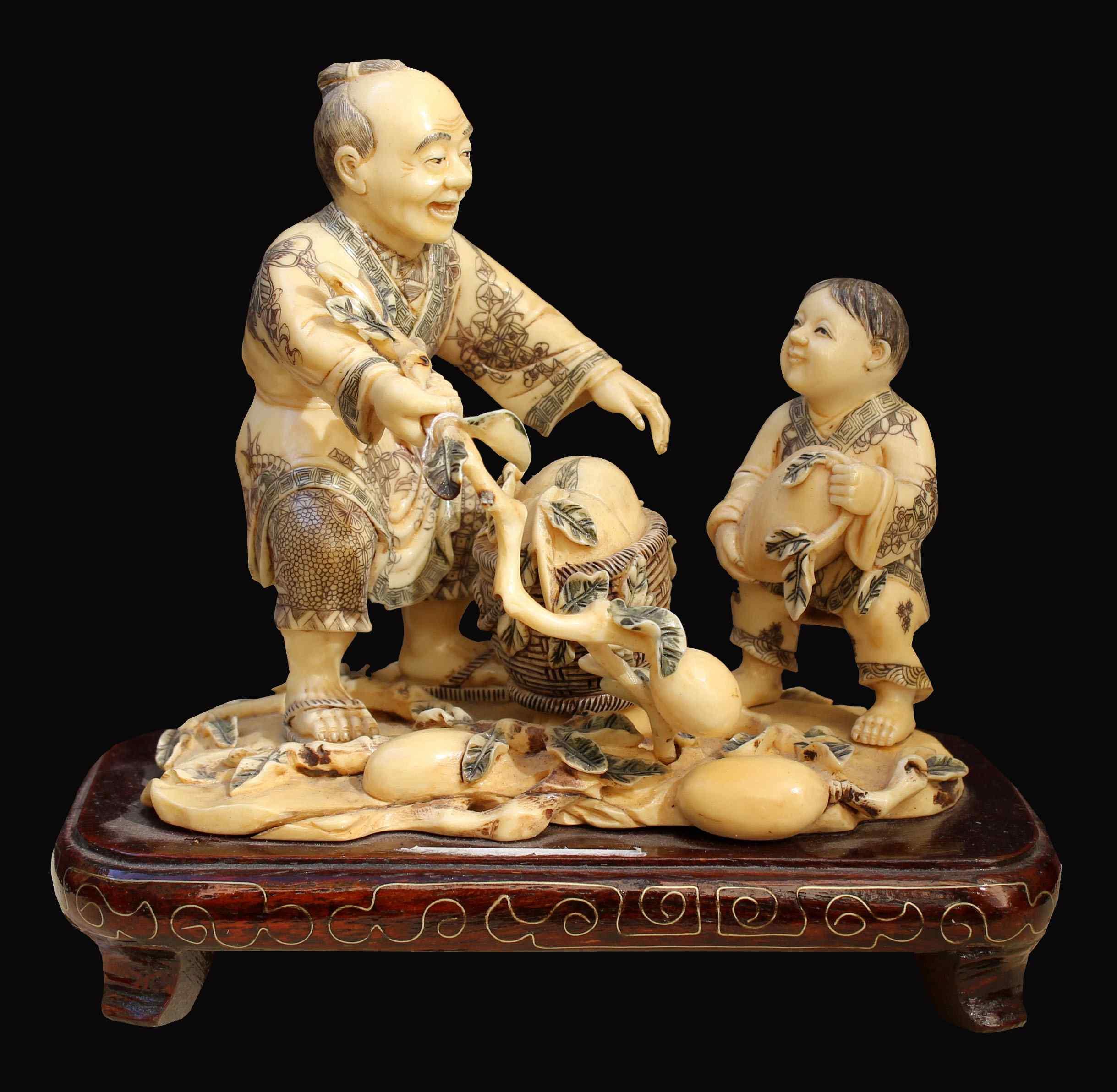 Saggio con bambino Avorio Antico Fine XIX secolo