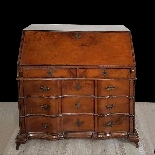 dresser with antique flap, first half of the eighteenth cent-9