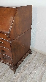 dresser with antique flap, first half of the eighteenth cent-4