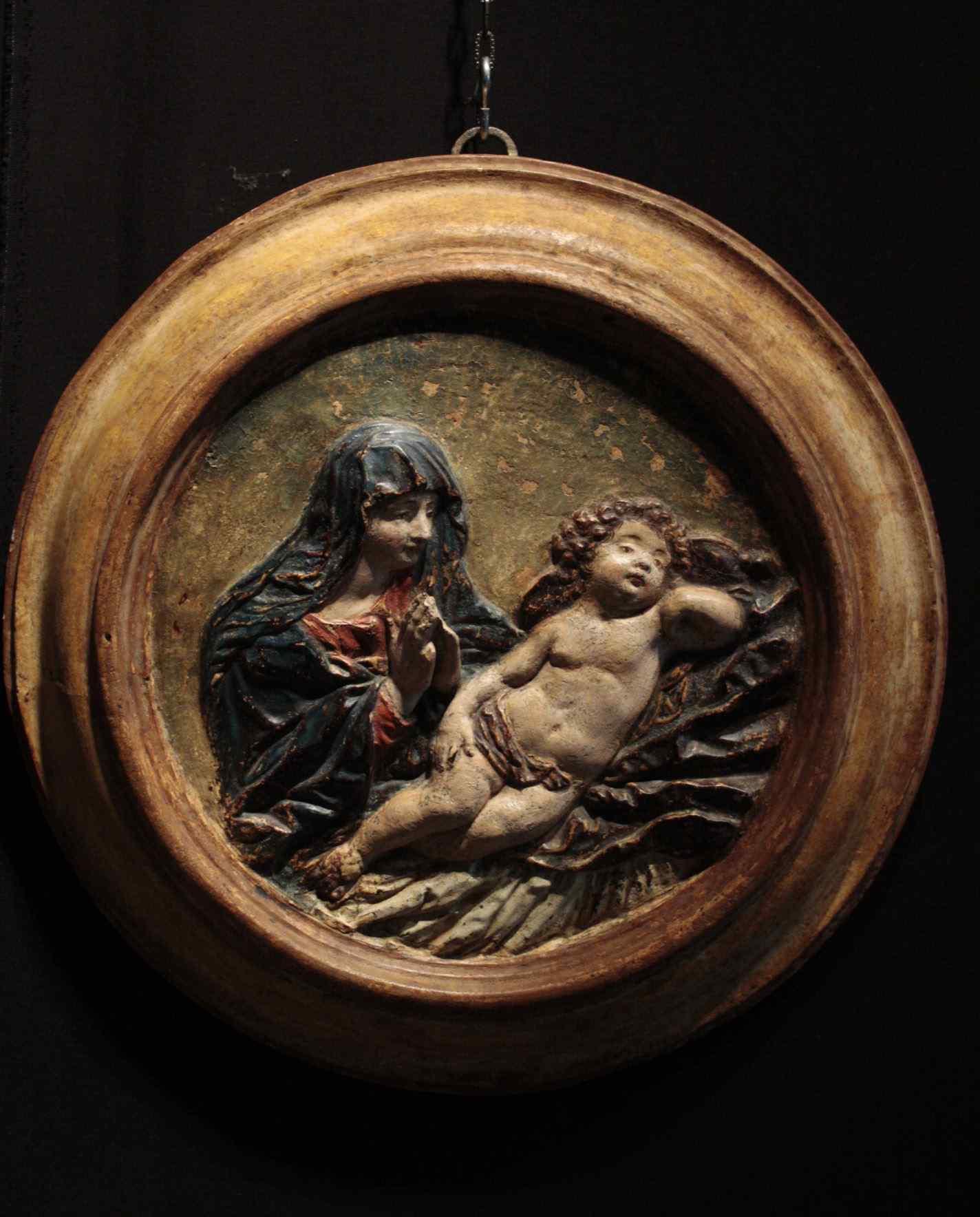 Altorilievo in stucco policromo - Madonna con bambino XVII s