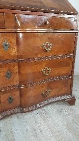 Cassettone antico con ribalta prima metà 1700 Sec. XVIII-4