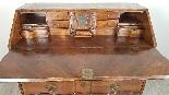 poitrine antique avec la première moitié rabat de 1700 Sec. -6