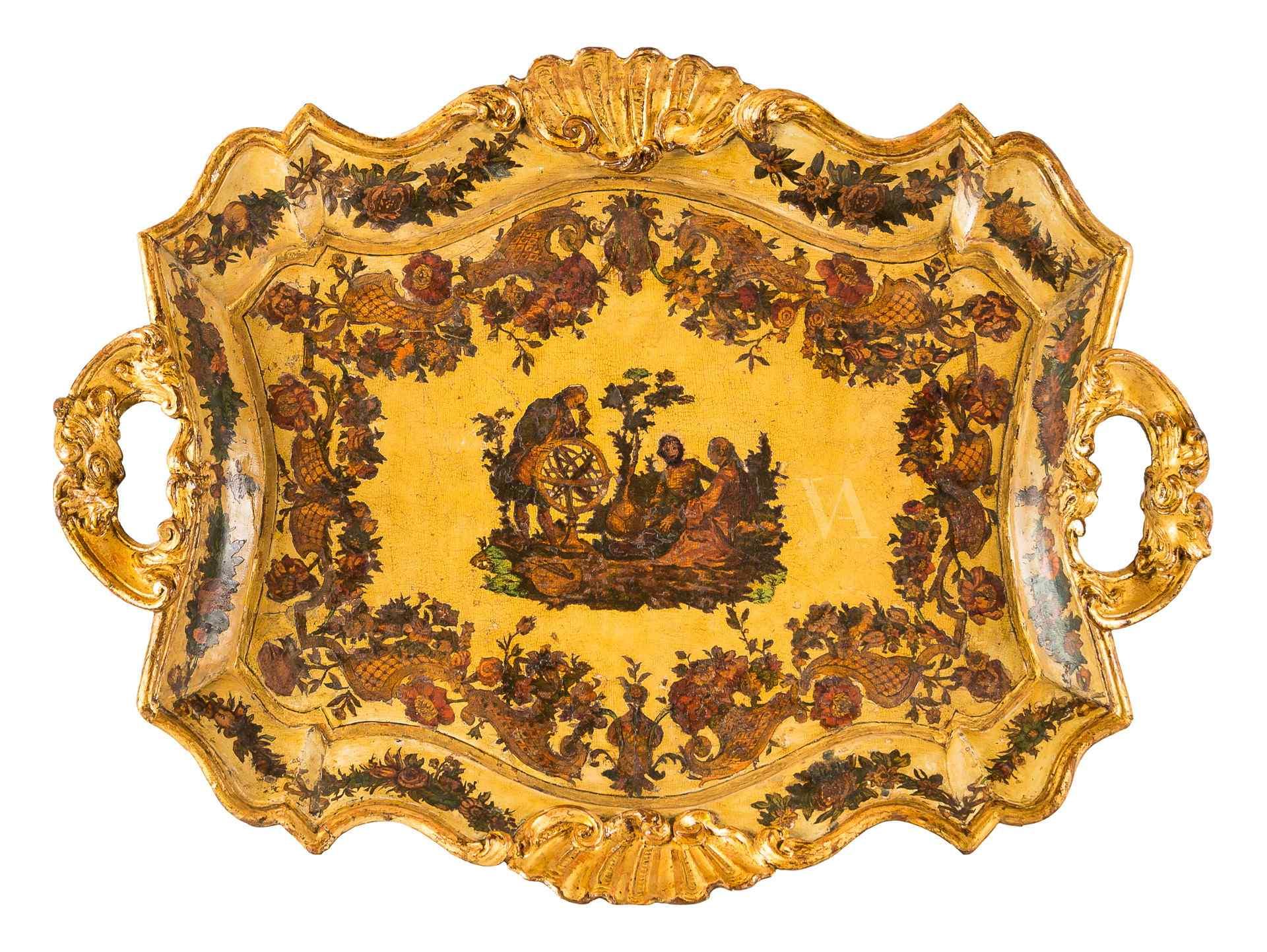 Plateau en forme et laqué avec Arte Povera. Venise XVIII