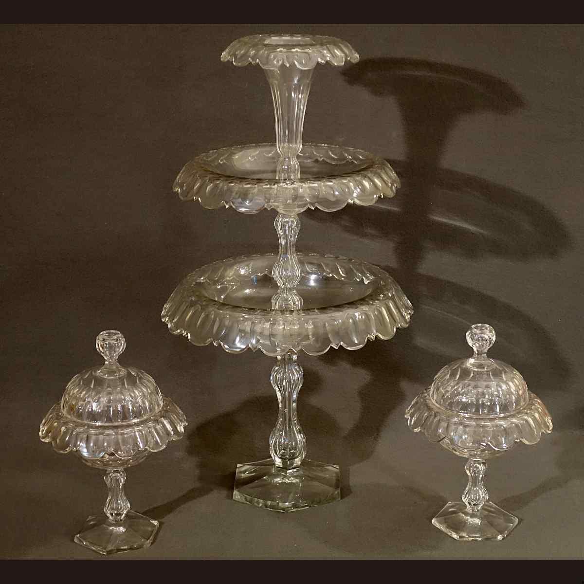 Très Grand Serviteur de Table et ses Drageoirs XIXème