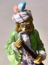 Porcelain monkey orchestra - Germany, end of '800-12