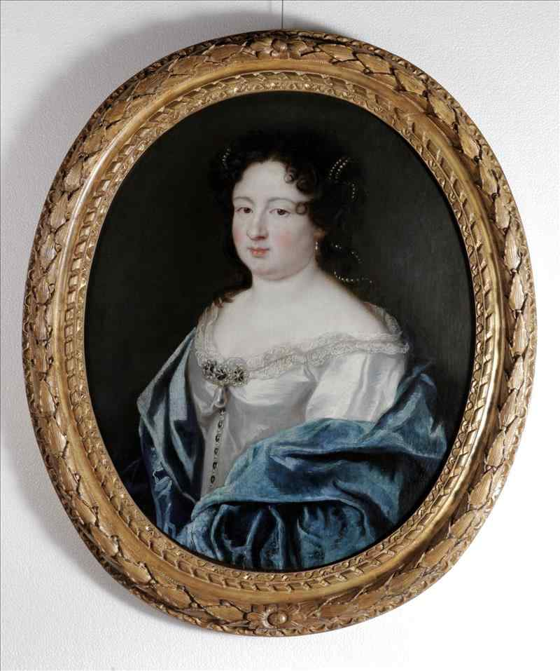 PORTRAIT OF FRENCH LADY OF THE EIGHTEENTH CENTURY
