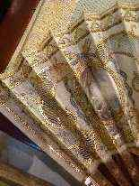 Elegante ventaglio in seta ricamata, XIX secolo-5