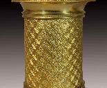 Coppia di Candelabri in bronzo patinato e dorato-12