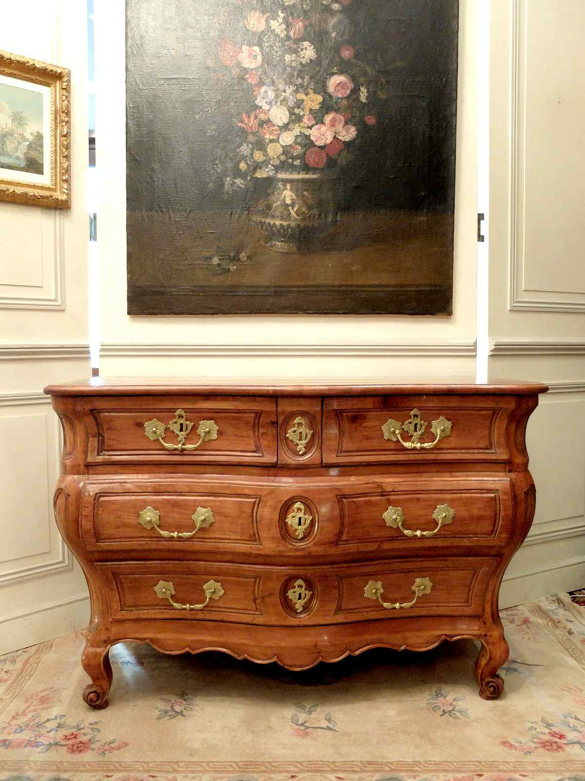 Commode Louis XV period of southwestern France